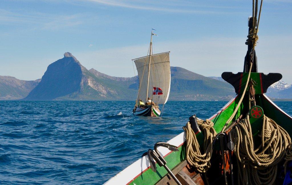 Nordlandsbåter under seil