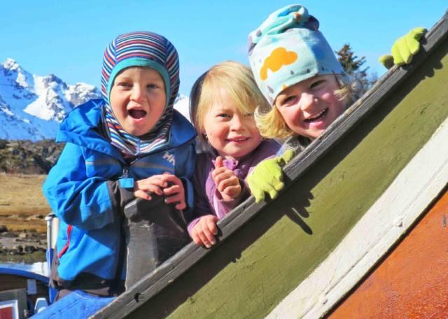 """Glade unger på storfembøringen """"Vågar"""" i Kabelvåg. Foto: Odd Arne Sandberg"""