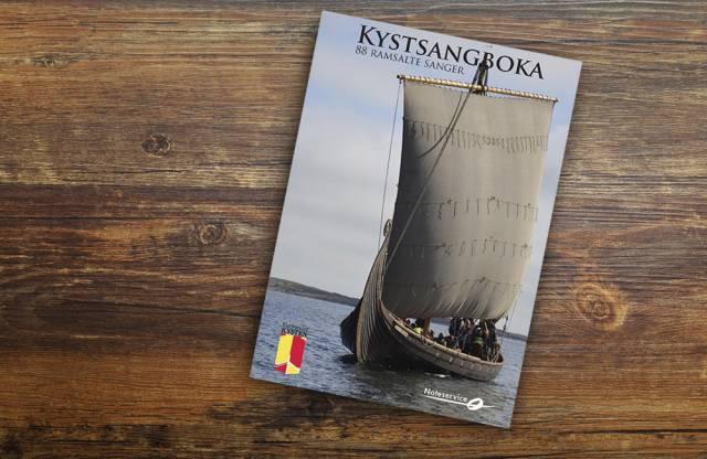 Kystsangboka kommer snart i ny og utvidet utgave. Foto: Odd Hesselberg Design